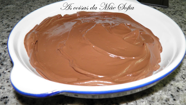 Mousse de chocolate saudável / Healthy chocolate mousse