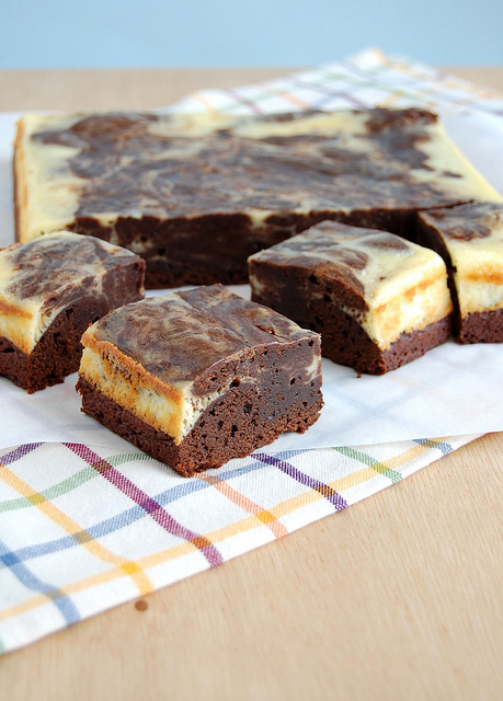 Brownies com mesclado de cheesecake