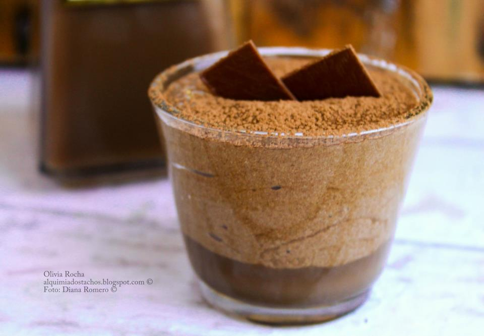 Mousse de Chocolate com Licor de Chocolate e Menta - GoldBee