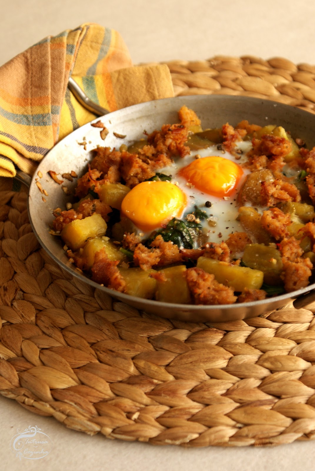 Batata Doce com Ovos & Alheira de Borrego {Sweet Potato with Eggs & Lamb's Alheira}