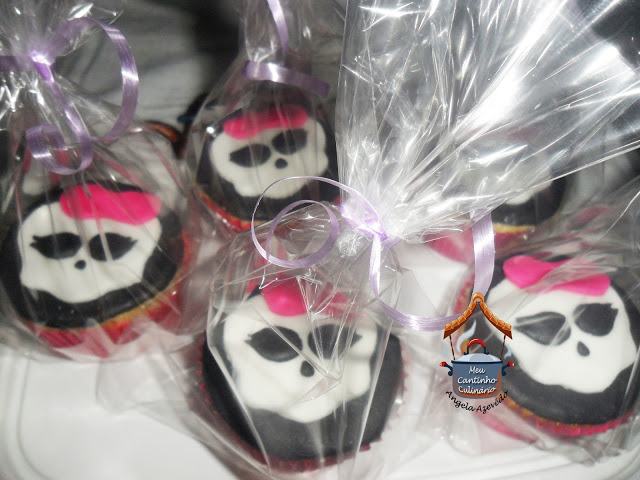 CUPCAKES DO MONSTER HIGH
