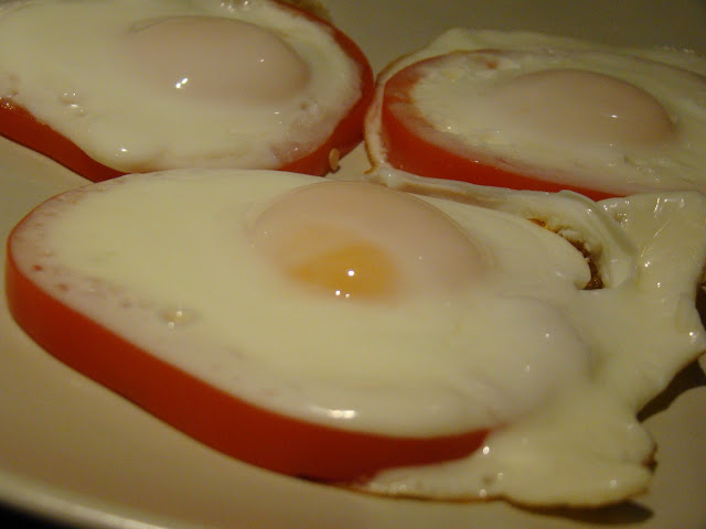 Ovos em Pimentos / Eggs in Peppers