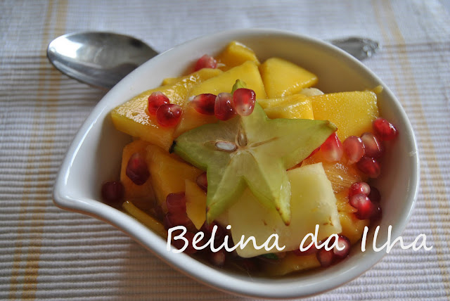 Salada de fruta tropical