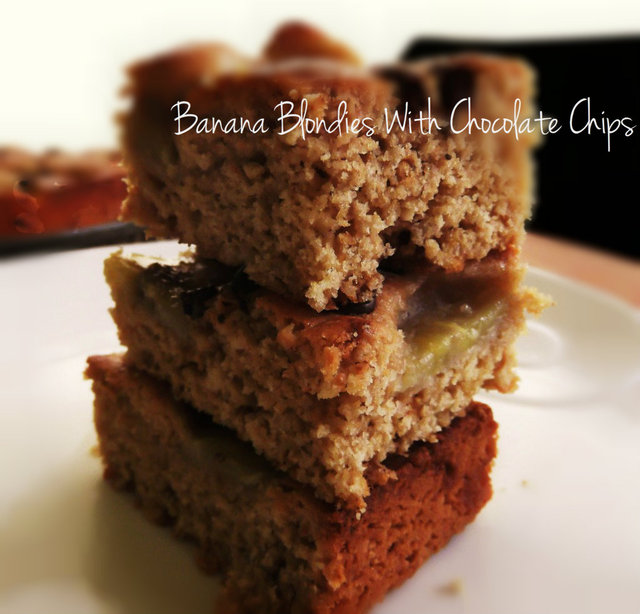 Banana Blondies With Chocolate Chips