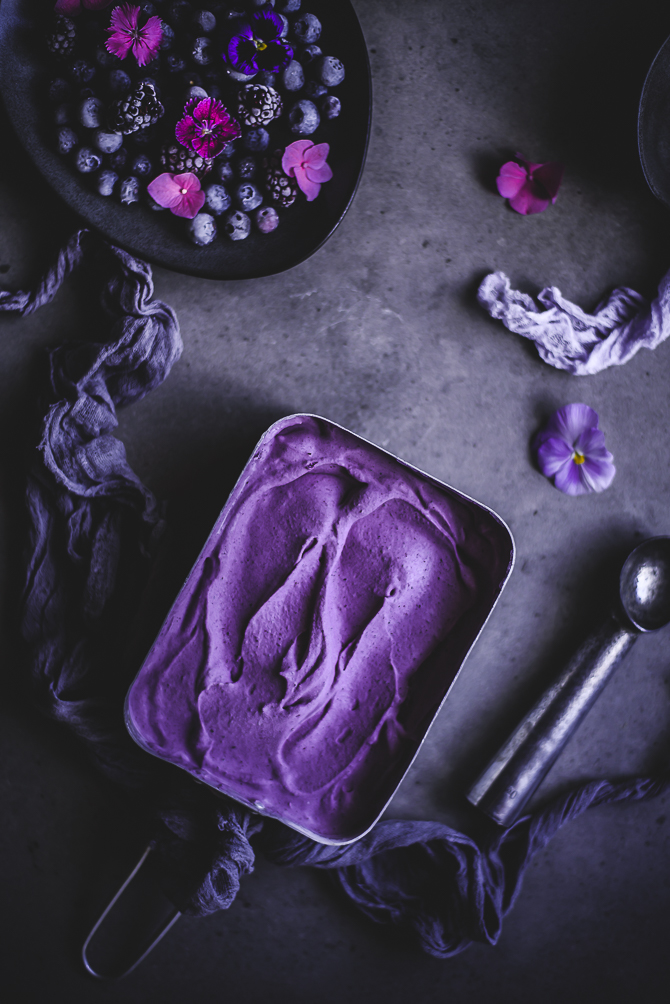 Gelado de mirtilo e mascarpone // Blueberry mascarpone ice cream