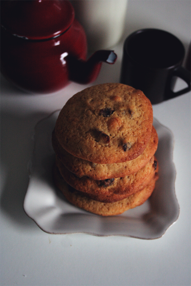 Bolachas de arandos e chocolate branco/ White chocolate and cranberries maxi cookies