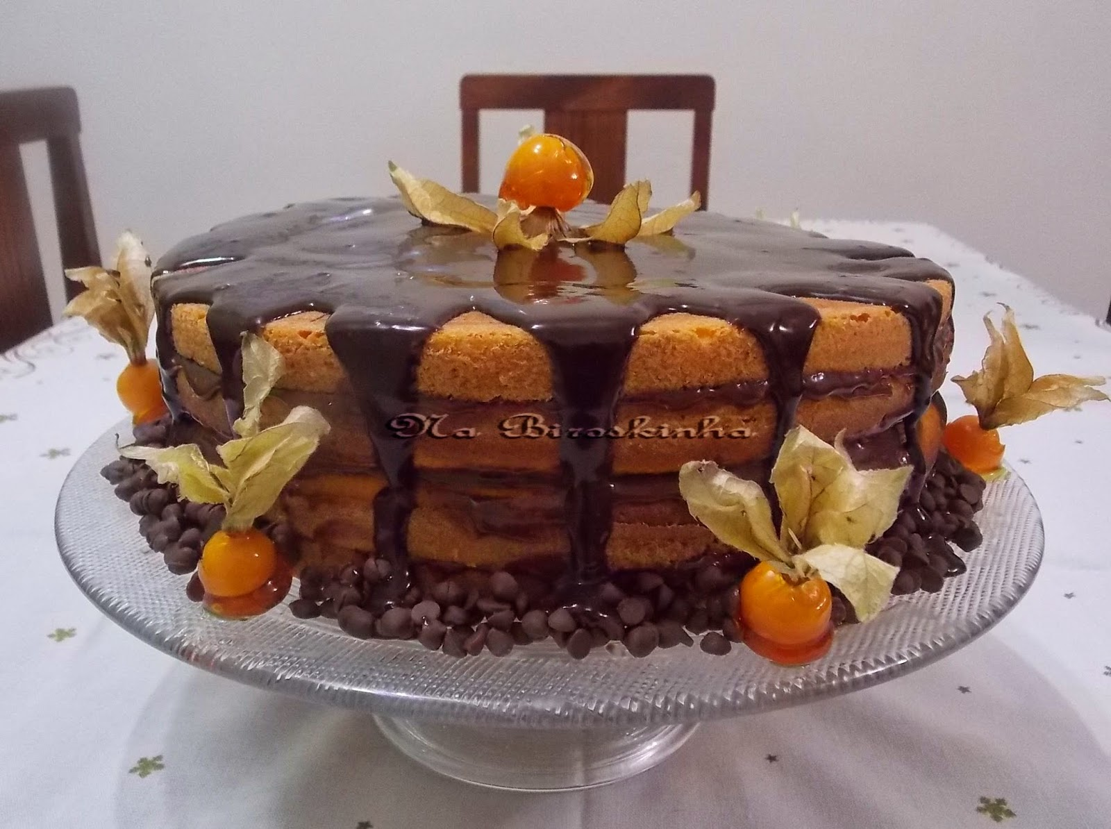 Naked Cake de Cenoura e Chocolate