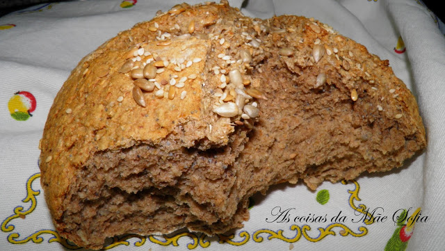 Pão integral / Whole grain bread