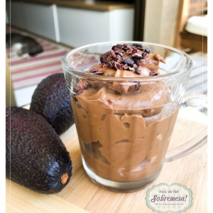 Mousse de chocolate com abacate