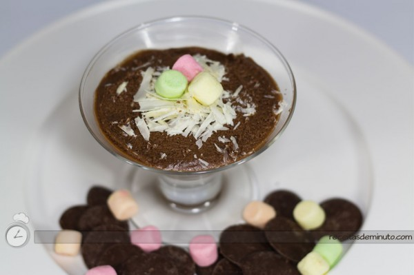 Mousse de Chocolate Instantâneo